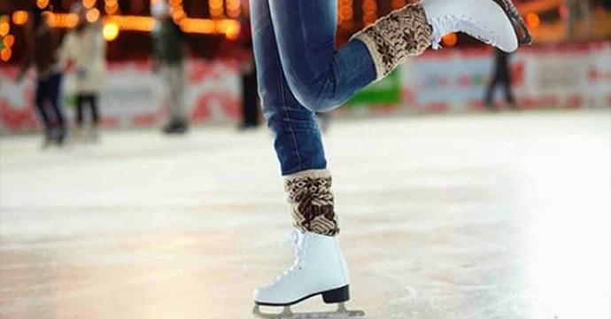 Pista di pattinaggio su ghiaccio
