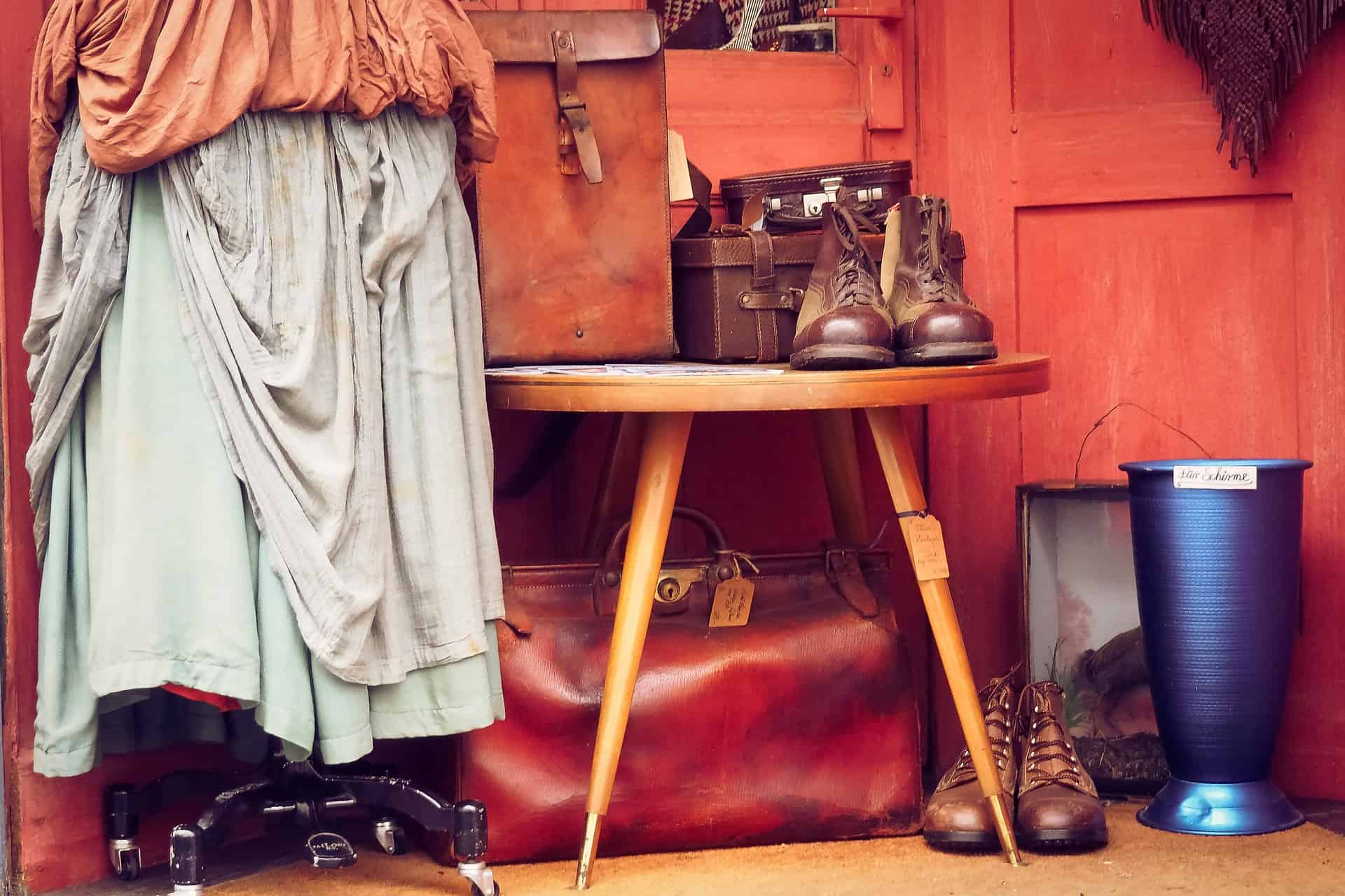 Immagine - Sospesa la raccolta degli abiti usati tramite cassonetti stradali